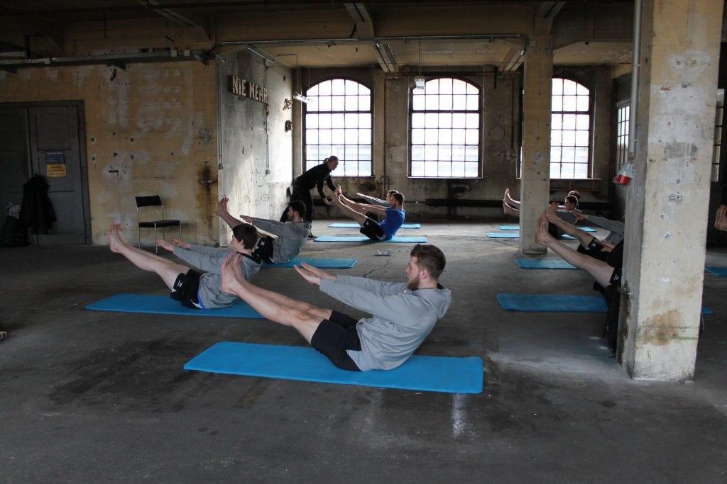 Pilates Gruppentraining und Training in der Gruppe mit dem Sportverein Lausitzer Füchse